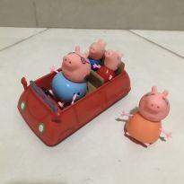 Carro da Peppa com a família toda -  - DTC