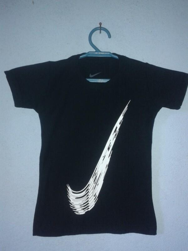 43cf795f6ce8f Camisa Nike Original 2 anos no Ficou Pequeno - Desapegos de Roupas ...