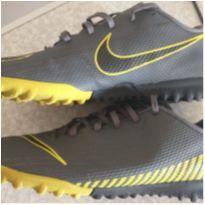 Chuteira Mercurial Vapor NOVÍSSIMA - 36 - Nike
