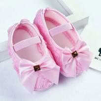 Sapato estilo boneca rosa - 17 - Não informada