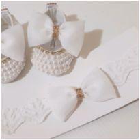 Sapatilhas Luxo + Tiara Bebê Batizado Branca - 14 - Artesanal