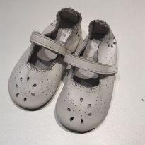 Sapato branco - 20 - Zara