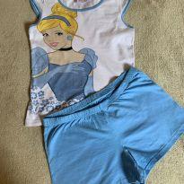Pijama Cinderela - 10 anos - marisa