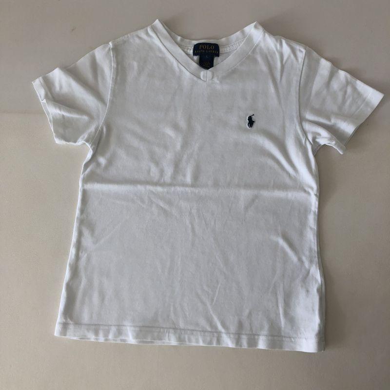 Camiseta - Marca Polo Ralph Lauren - Branca - Gola V - Tam 5 5 anos ... b4bc2d014d1