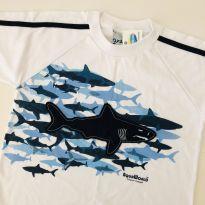 Camiseta AquaWorld - Branca com estampa - Tam M - 5 anos - Importada