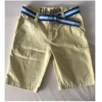 Bermuda Amarela - Marca Tommy Hilfiger - Tam 7 - 6 anos - Tommy Hilfiger