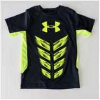 Camiseta Dri-fit - cor cinza chumbo - Marca Under Armour - Tam 5 - 5 anos - Under Armour