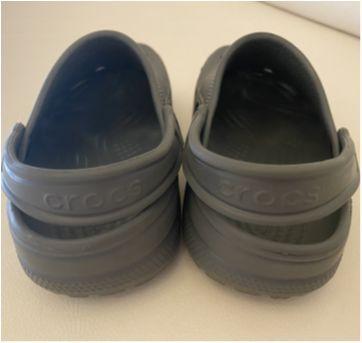 Crocs - cor cinza - tam 32 (J1) - 32 - Crocs