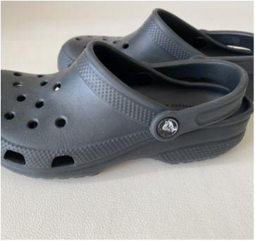 Sandália Crocs Classic Clog - Cinza - Tam 35 - 35 - Crocs