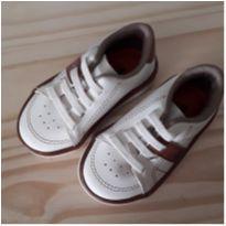 Sapato Marrom/Branco - 19 - Molekinho