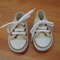 Tênis marfim e branco Pimpolho nº 03 / 16 (calça 4-6m)