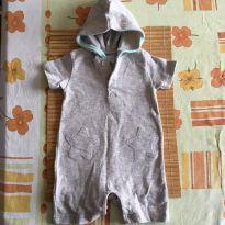 Macaquinho com boné e estrelas bordadas - 3 a 6 meses - René Rofé baby