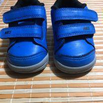 Tênis Nike azul com velcro - 18 - Nike
