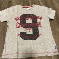 Camiseta - 6 anos - PUC