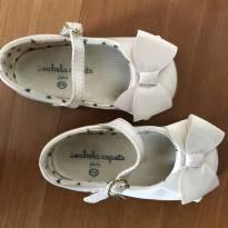 Sapato de verniz off white - 19 - C&A