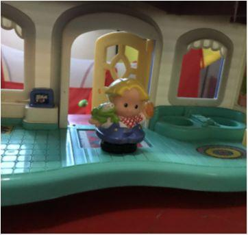 Casinha Little People da fisher price - Sem faixa etaria - Fisher Price