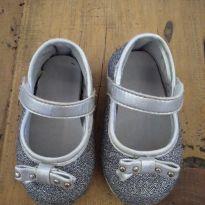 a22b6611da Ficou Pequeno - Sapatilhas para Menina tamanho 15 com precinho de ...