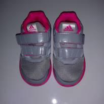 Tênis adidas - 23 - Adidas