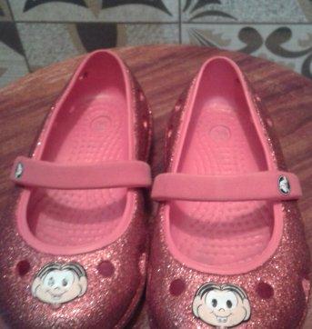 Sapato Crocs vermelho original - 25 - Crocs