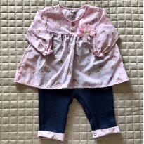 Macacão rosa bebe com flozinhas e imita jeans M Ref 114 - 6 a 9 meses - Keko Baby
