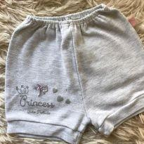 Shortinho princesa - 9 a 12 meses - Bicho Molhado