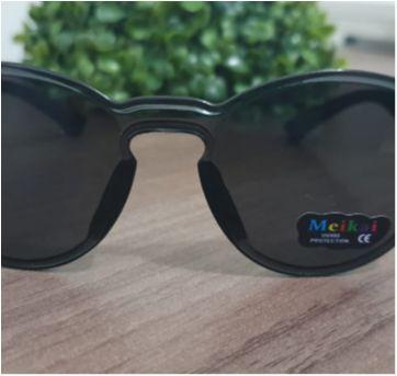 Óculos de sol infantil - Sem faixa etaria - Importada