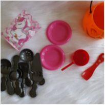 Desocupando o armário de brinquedos - Lotinho 12 -  - Diversas