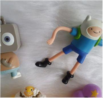 Desocupando o armário de brinquedos - Lote brinquedos desenhos - Sem faixa etaria - Diversas