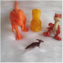 Desocupando o armário de brinquedos - lote dinossauros 2 -  - Diversas