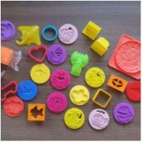 Desocupando o armário de brinquedos - Kit massinha -  - Diversas