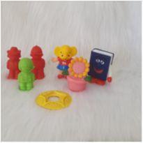 Desocupando o armário de brinquedos -brinquedos molinhos para crianças pequenas -  - Diversos