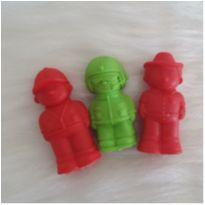 Trio bombeiros macios para bebês -  - Marca não registrada