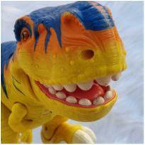 Desocupando armário de brinquedos - Dino lindo! -  - sem etiqueta