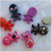 Desocupando armário de brinquedos - Lote homem aranha -  - Mc Donald`s
