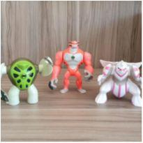 Trio bonecos personagens -  - Diversas