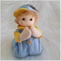 Menino rezando - com suporte chaveiro -  - Feito à mão