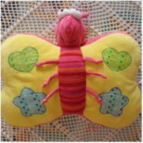 Almofada borboleta -  - etiqueta foi cortada