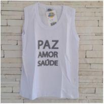 Camiseta ANO NOVO - Tam. 14 - 13 anos - Bicho bagunça