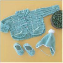 Kit lã feito pela vovó - casaco, sapatinho e gorro - 3 meses - Feito à mão