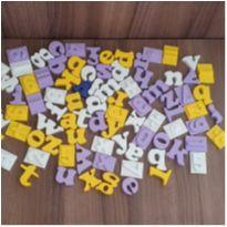 Kit letras e números - ideal para alfabetização  - 84 peças -  - etiqueta foi cortada