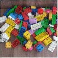 Kit blocos montar e desmontar 86 peças -  - etiqueta foi cortada