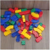Kit encaixe - 64 peças -  - Pais e Filhos