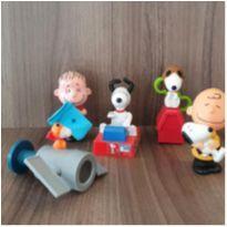 Coleção linda Snoopy 5 brinquedos (4) -  - Mc Donald`s