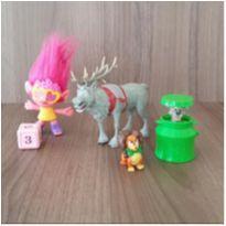 Lote 5 brinquedos fofos -  - Mc Donald`s e Outras