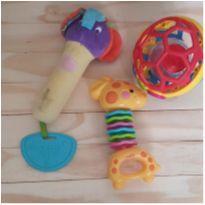 Trio brinquedos bebê -  - Fisher Price e Importado