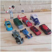 Lote brincadeira de carrinhos - 12 itens -  - Diversas