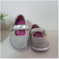 Sapatilha prata linda comprada em Miami (Stride rite) Tam. 18 Brasil - 18 - Stride Rite