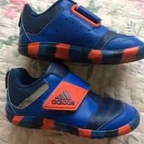 Tênis adidas - 24 - Adidas