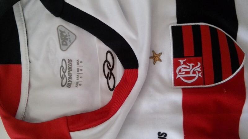 791bb60596 Camisa Oficial do Flamengo Olympikus (modelo 2009) Marca  Olympikus   6  anos   R  24