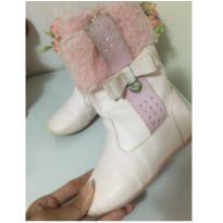 Bota cor de rosa